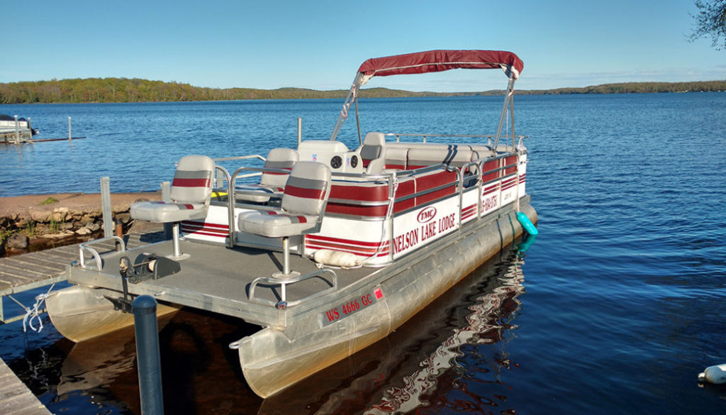 Nelson-Lake-Lodge-Boating-TMC-1